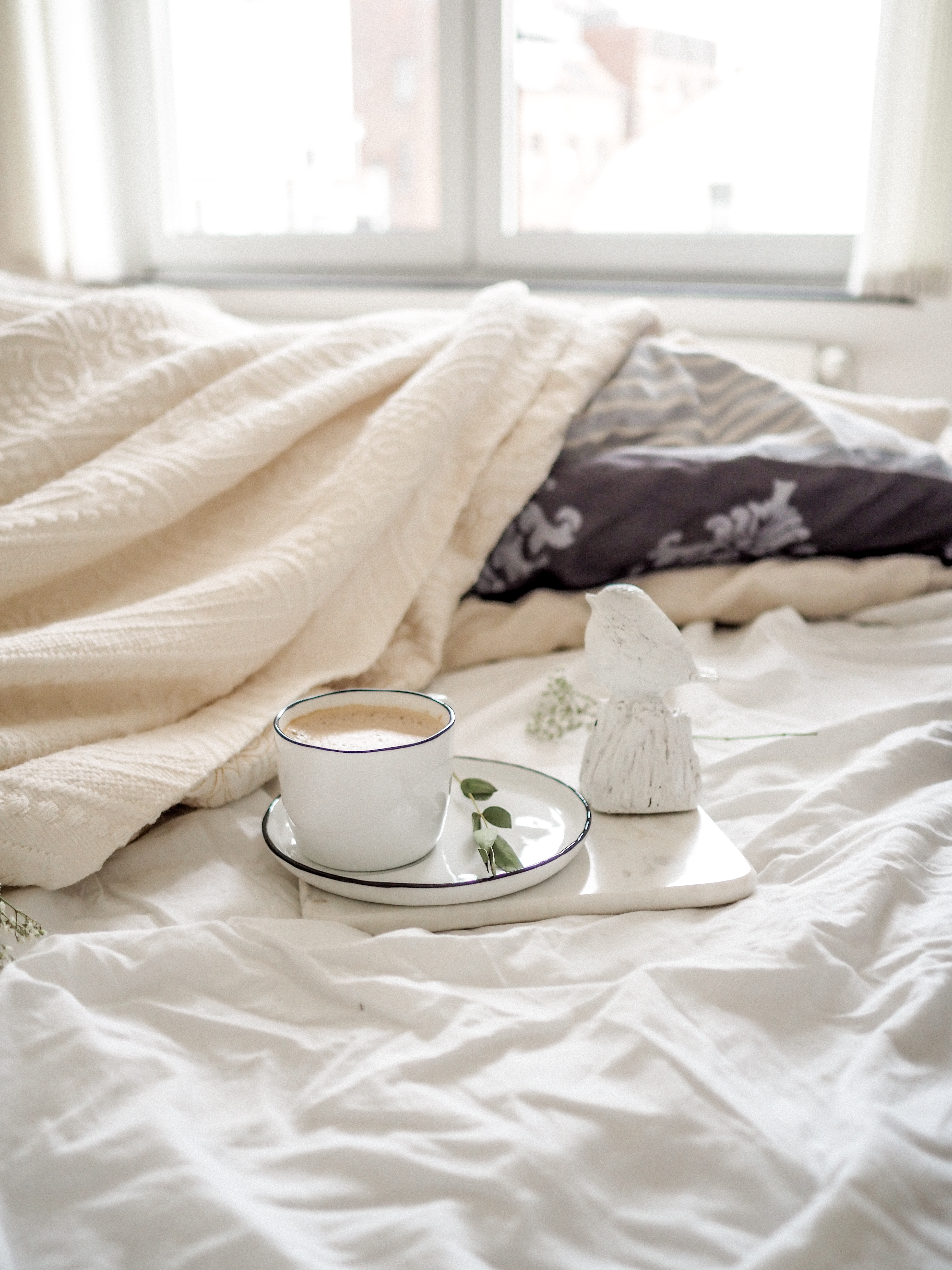 5 Tips To Keep Warm in Bed This Winter